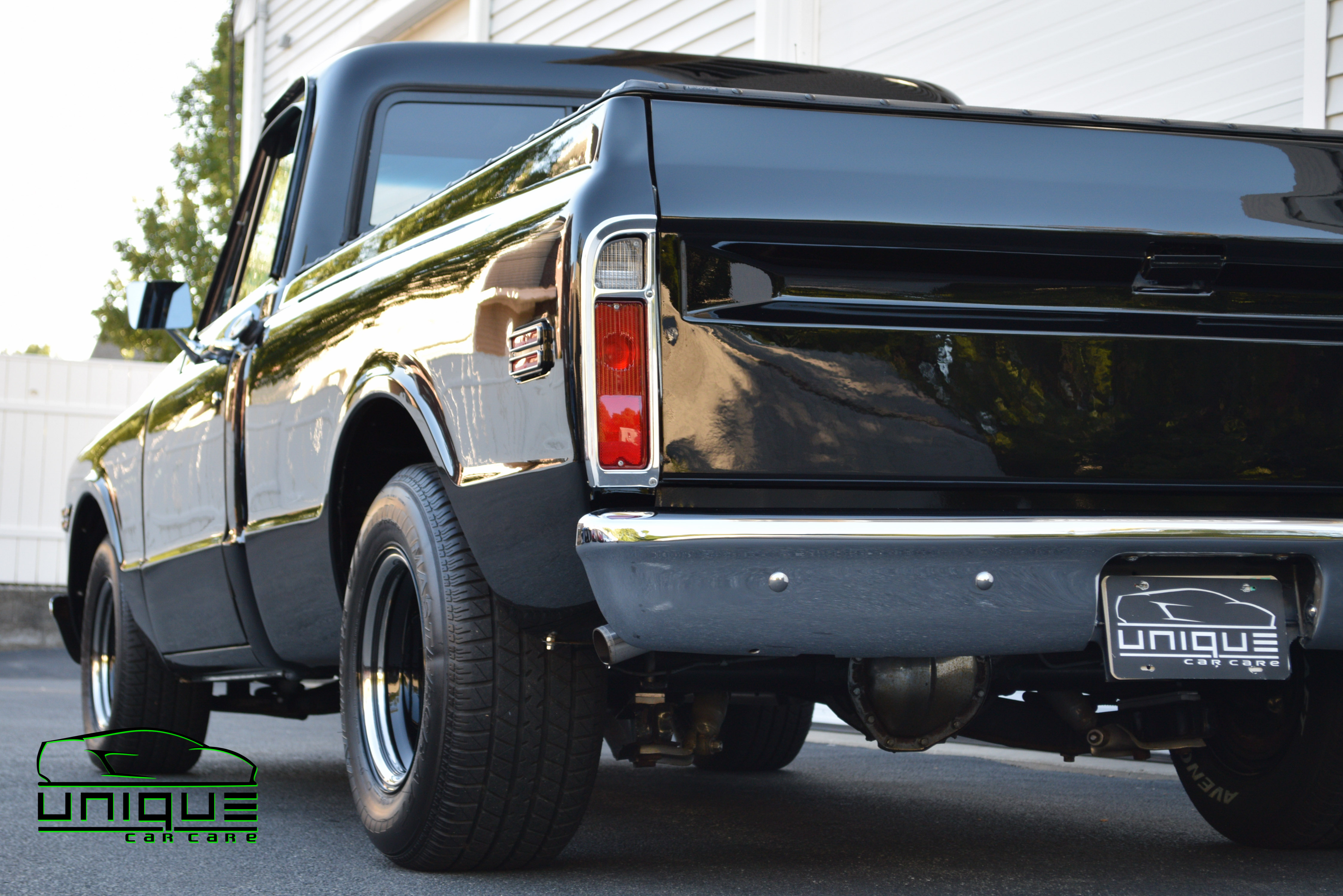 UCC_Custom 72' Chevy Pick up-73